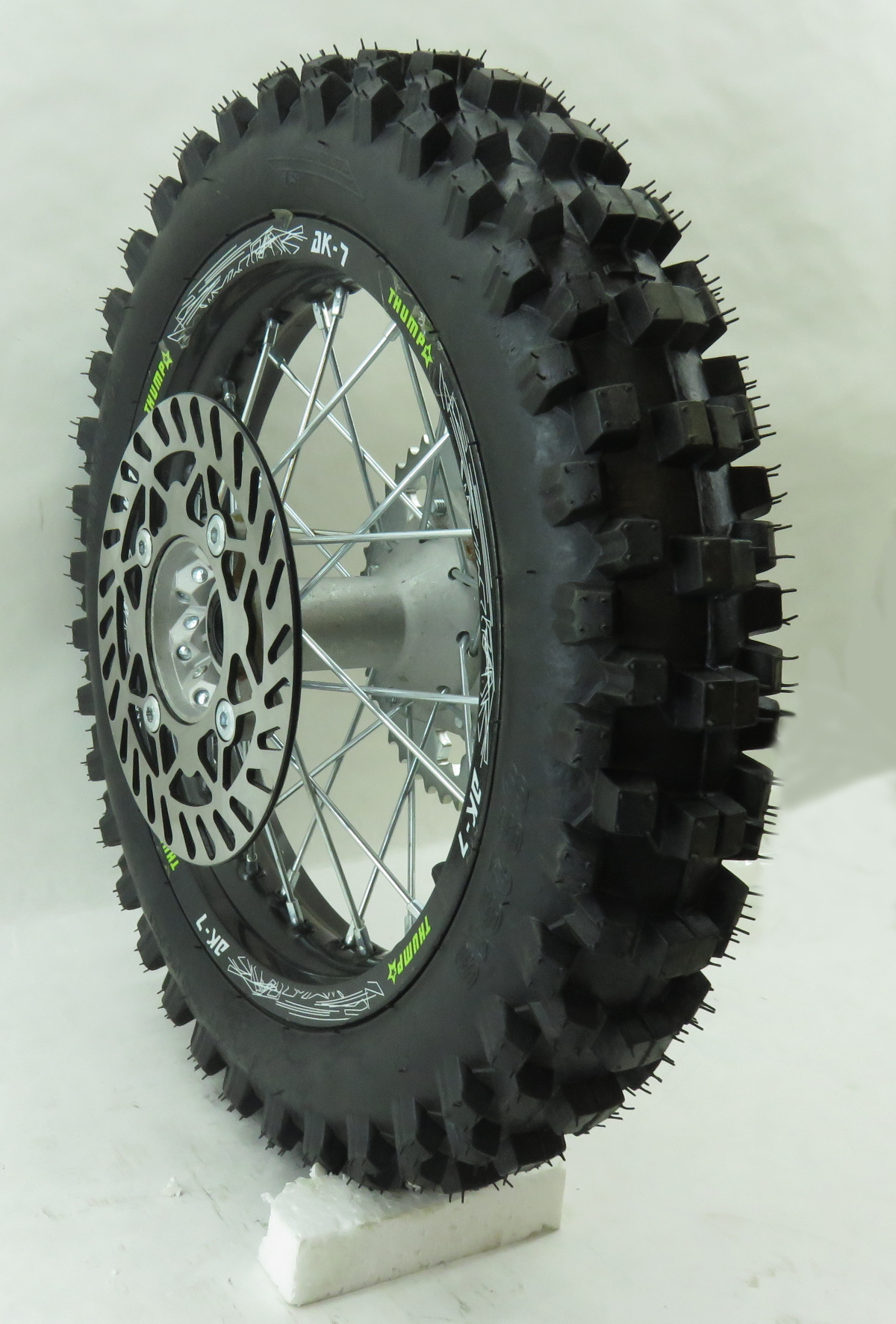 Thumpstar 14in Rear Wheel With Tire And Rim Lock Tmp